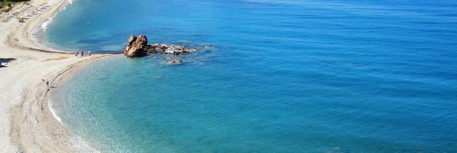 close to ANEMA hotel in Samos island 2 παραλίες της Σάμου